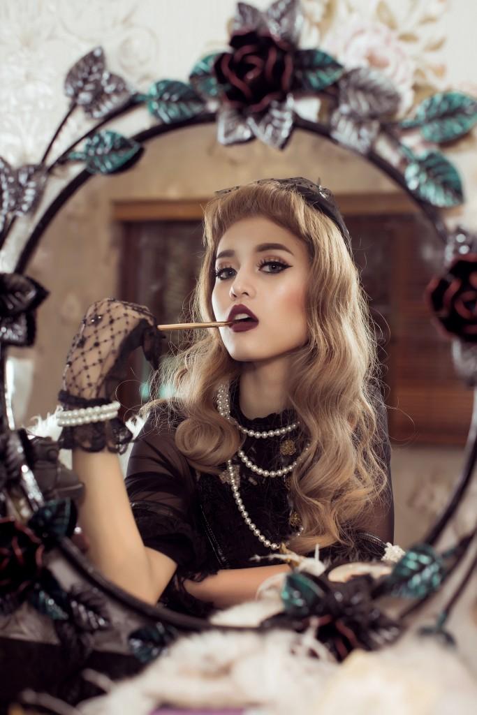 Make up Vintage สายฝ.แบบมาดามฝรั่งยุค40s ด้วย Cosluxe อายไลเนอร์ Monet 24